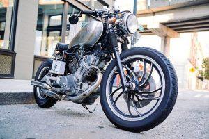 Custom-tyylinen moottoripyörä
